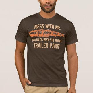 Camiseta o untitledo, confusão comigo, você suja… -