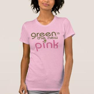 Camiseta O verde é o t-shirt cor-de-rosa novo