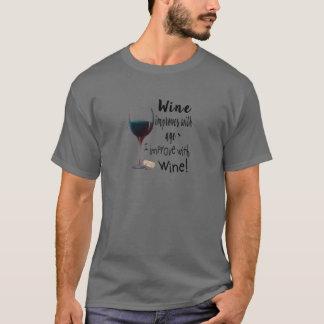 Camiseta O vinho melhora com idade que eu melhoro com