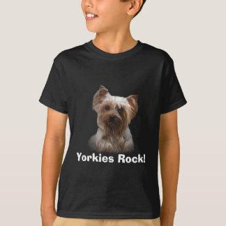 Camiseta O yorkshire terrier caçoa o t-shirt