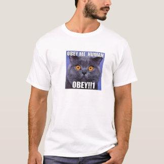 Camiseta Obedeça-me ser humano - olhe nos olhos de gatos
