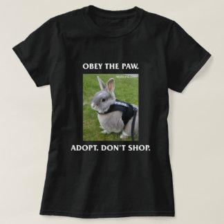 Camiseta Obedeça o T das mulheres da pata