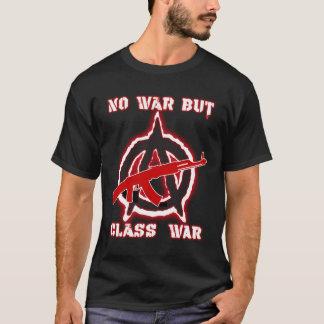 Camiseta Obscuridade do sem guerra mas da guerra de classe