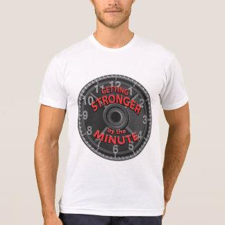 Camiseta Obtenção mais forte em o minuto
