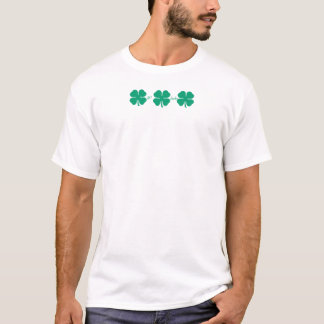 Camiseta Obtenha trevos afortunados com trevo de PMYC sobre