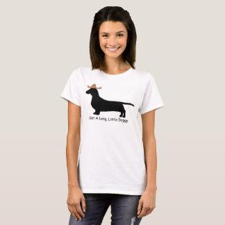 Camiseta Obtenha um doggy longo, pequeno