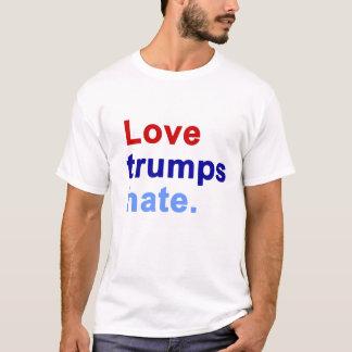 Camiseta Ódio dos trunfos do amor. - t-shirt