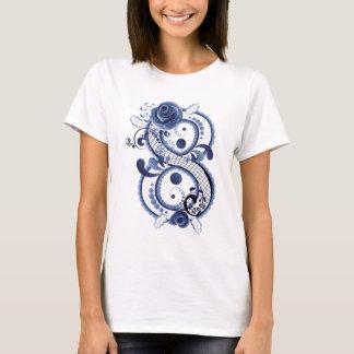 Camiseta Oito florais azuis