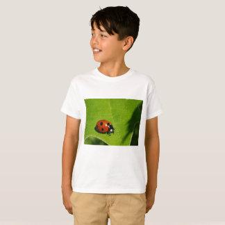 Camiseta Olá! economias do verde do joaninha a floresta