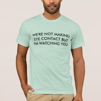 Camiseta olhar directamente nos olhos