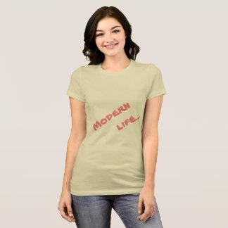 Camiseta olhar elegante