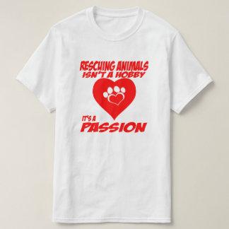 Camiseta Os animais do salvamento são um t-shirt da paixão