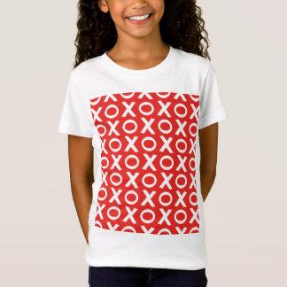 Camiseta Os beijos e os abraços de XO modelam o branco