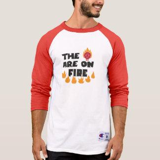 Camiseta Os carneiros estão no fogo