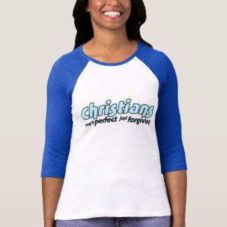 Camiseta Os cristãos não são perfeitos apenas perdoados