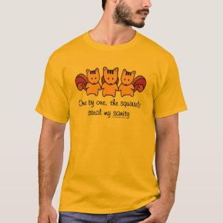 Camiseta Os esquilos roubam minha sanidade
