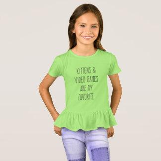 Camiseta Os gatinhos & o video games são meu t-shirt