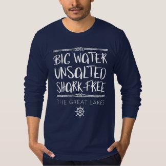 Camiseta Os grandes lagos: Grande, Unsalted, Tubarão-livre