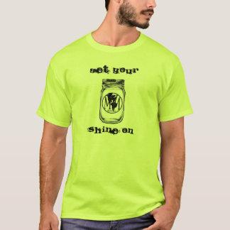 """Camiseta Os homens de MwM """"obtêm seu brilho"""" na edição"""