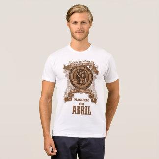 Camiseta Os melhores homens nascem em Abril