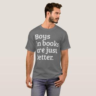 Camiseta Os meninos nos livros são leitura melhor cómico