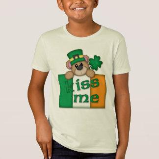 Camiseta Os miúdos do dia de St Patrick beijam-me t-shirt