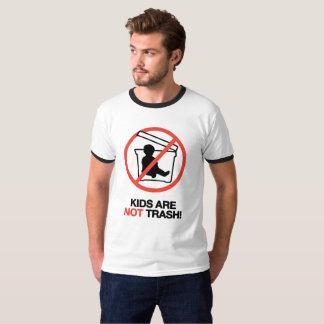 Camiseta Os miúdos não são lixo