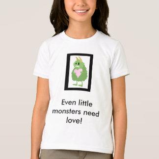 Camiseta Os monstro pequenos precisam o amor demasiado!