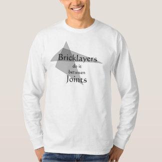 Camiseta Os pedreiros fazem-no entre junções