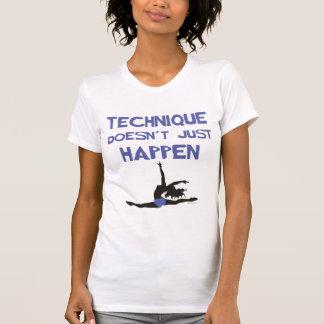 Camiseta Os saltos do pointe do balé da técnica da dança