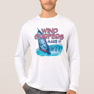 Camiseta Os Windsurfers fazem-no molhado!