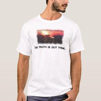 Camiseta os x-arquivos a verdade estão para fora lá