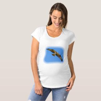 Camiseta Osprey do vôo com um alvo na vista
