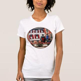 Camiseta PA de Harrisburg - Rosas na rua do estado
