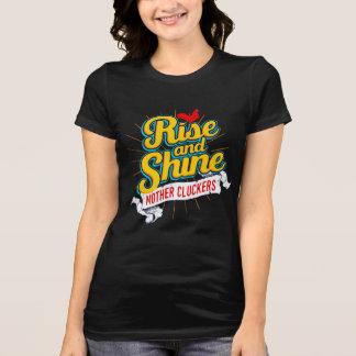 Camiseta País do galo de Cluckers da mãe da elevação e do
