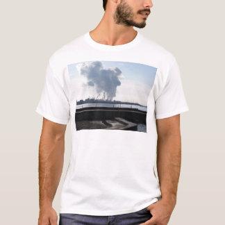 Camiseta Paisagem industrial ao longo da costa