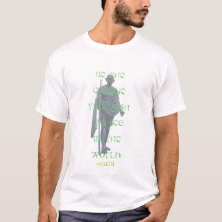 Camiseta palavras do ghandi (preto)
