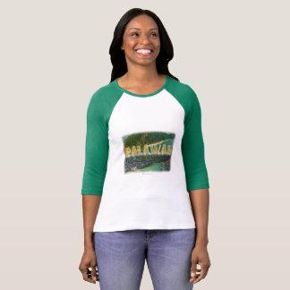 "Camiseta Palawan ""a melhor ilha no mundo """