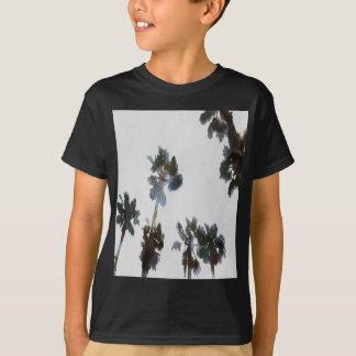 Camiseta Palmas tropicais