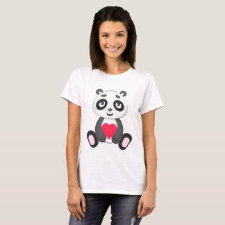 Camiseta Panda bonito do bebê que guardara um coração