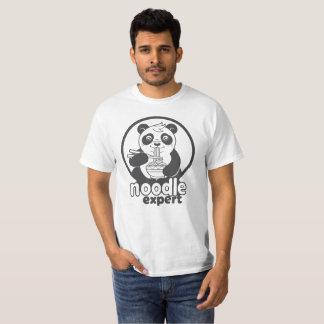 Camiseta panda que come o macarronete