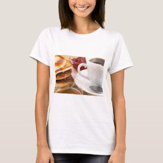 Camiseta Panquecas com mel, doce de morango