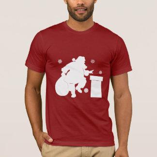 Camiseta Papai Noel que vai abaixo da chaminé