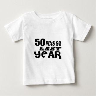 Camiseta Para Bebê 50 era assim tão no ano passado o design do