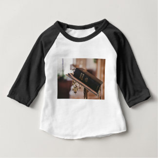 Camiseta Para Bebê A Bíblia Sagrada