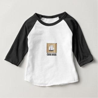 Camiseta Para Bebê a cruz desossa o rolo