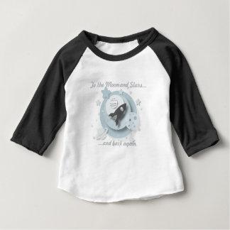 """Camiseta Para Bebê """"À lua e às estrelas…"""" 3/4 de T da criança do"""