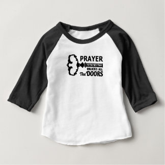 Camiseta Para Bebê A oração é a chave a todas as portas
