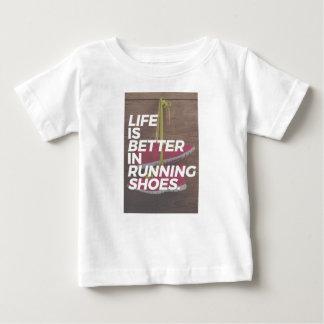 Camiseta Para Bebê A vida é boa quando você funciona