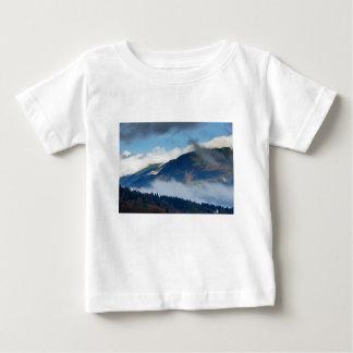 Camiseta Para Bebê A vista transversalmente à igreja de Catherine do